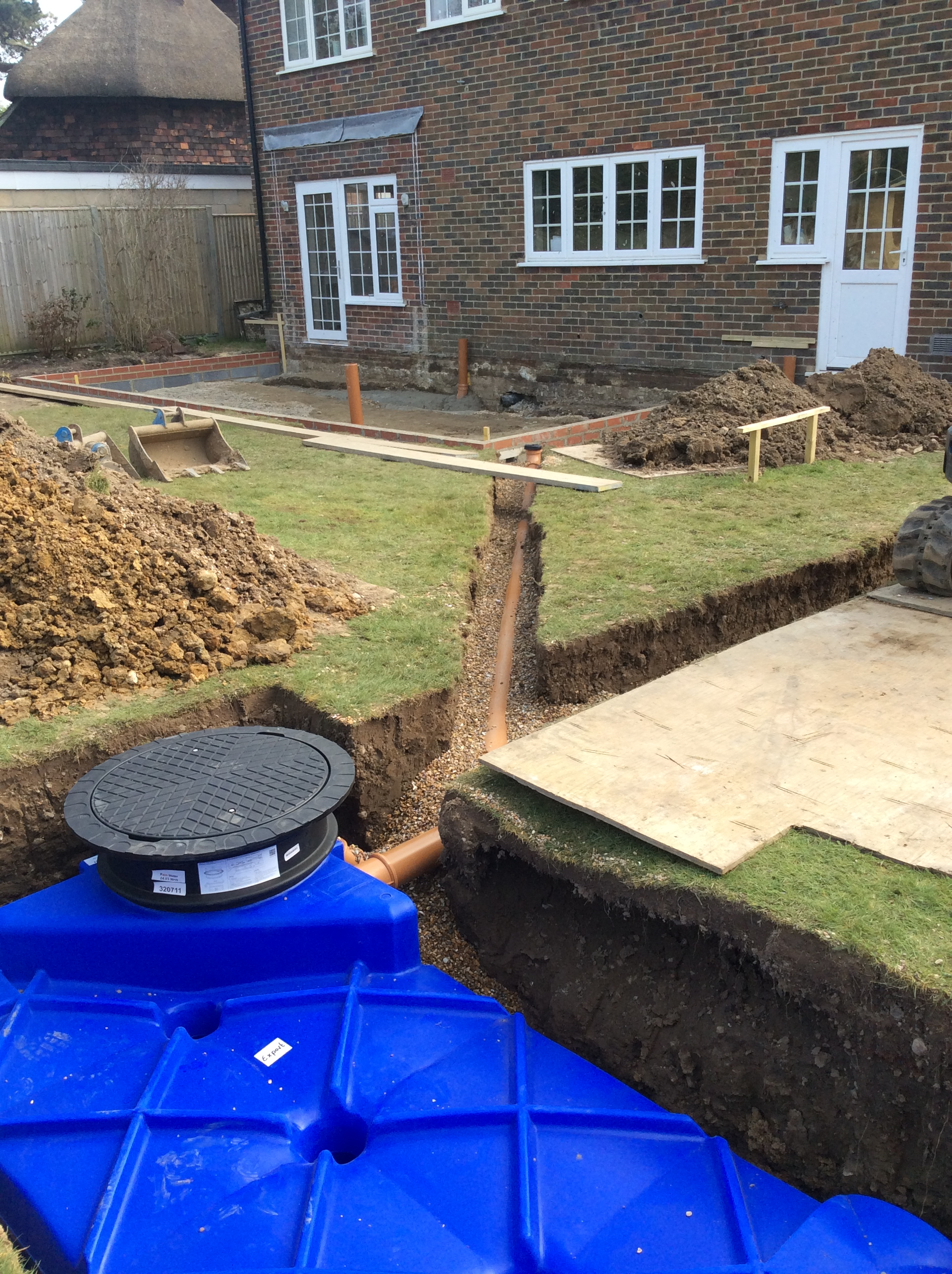 Double Extension and Refurbishment with Core Gravel Honeycomb Driveway